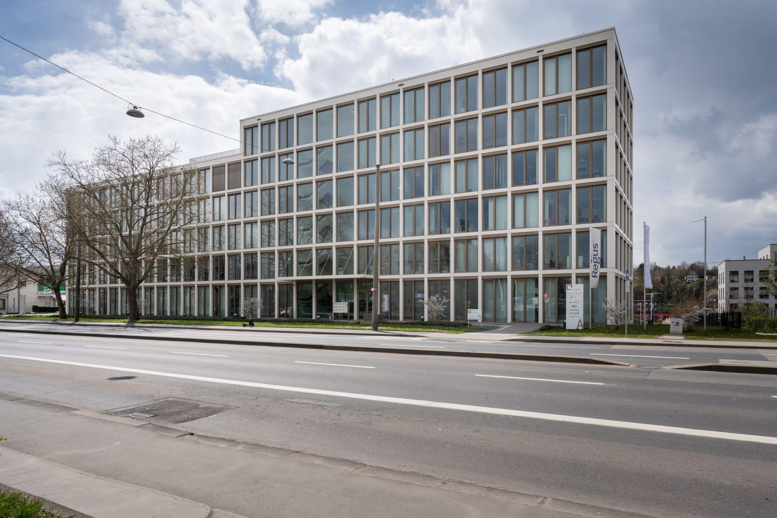 erschwingliche FUE Haartransplantation in Wiesbaden